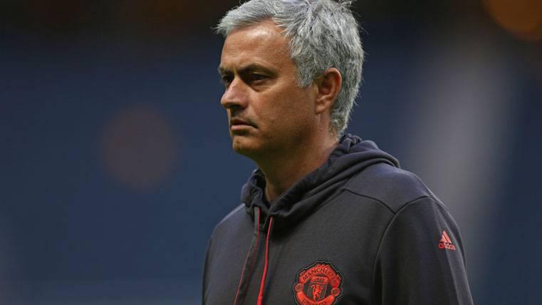 El Manchester United aún no es candidato para la Champions