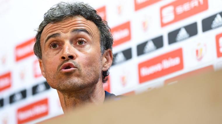 Desplante de Luis Enrique a un periodista antes del Barça-Alavés