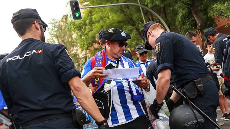 Los incidentes cerca del Vicente Calderón salpican al Barça