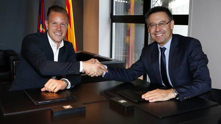 """Ter Stegen, tras renovar: """"En el Barça hay que luchar por todo"""""""