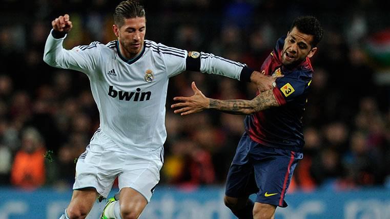"""Sergio Ramos afirma que saluda a todo el mundo """"incluso a Alves"""""""