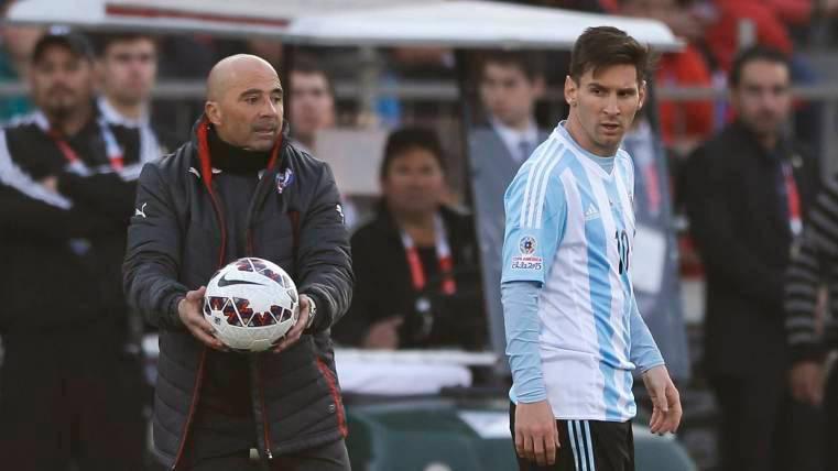 Leo Messi tendrá a Sampaoli como seleccionador hasta Qatar