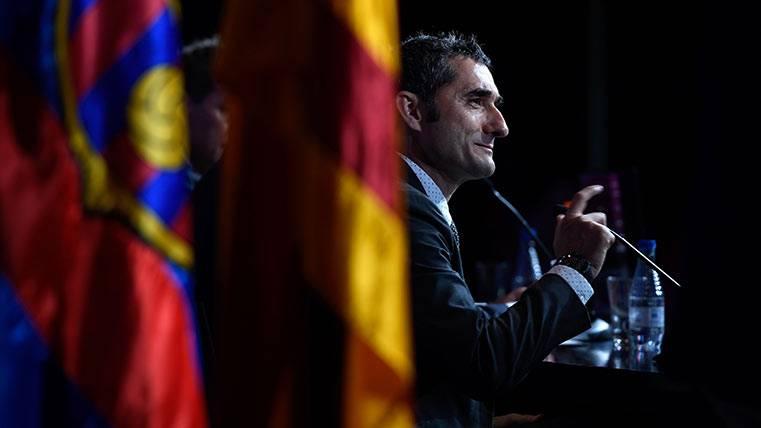 Al Barça de Valverde se le viene una pretemporada muy dura