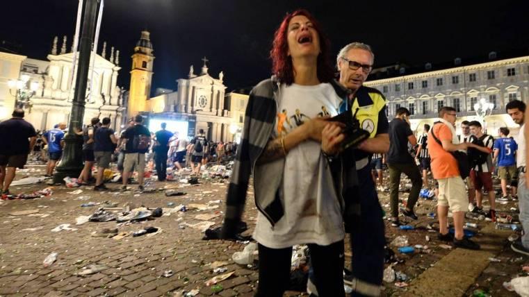 Más de 1.000 heridos leves en Turín por una estampida