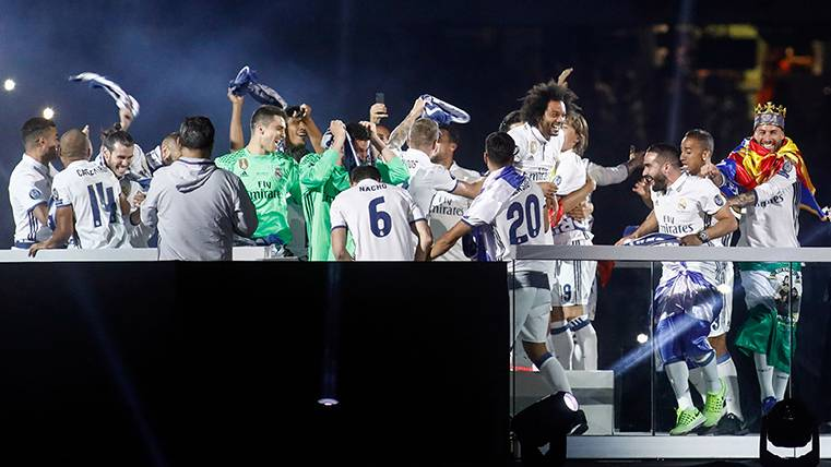 """La """"primada"""" que pagará Florentino a sus jugadores"""