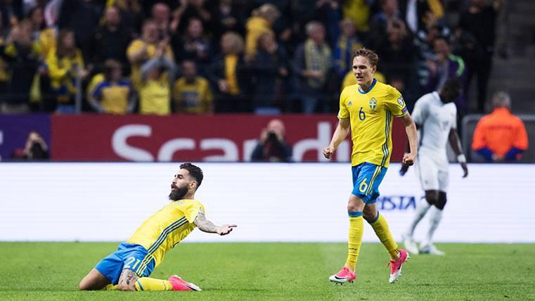 Ni Umtiti ni Digne en la derrota de Francia ante Suecia