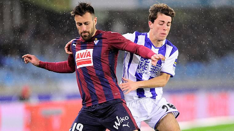 La Real Sociedad renueva a un posible objetivo del Barça