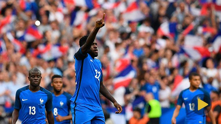 Umtiti anotó su primer gol con Francia frente a Inglaterra