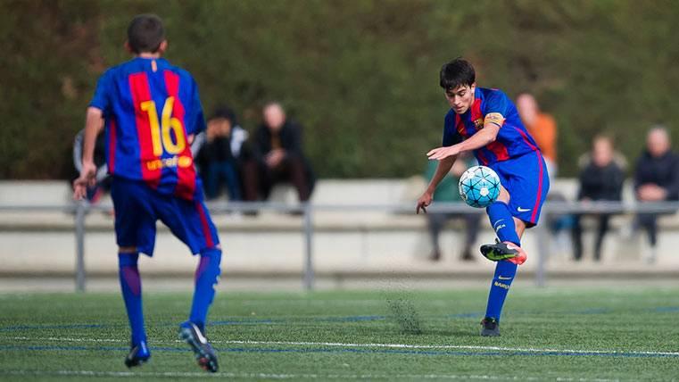 El City le robará al Barça a su central más prometedor