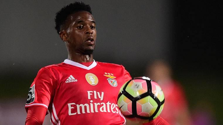 Barça y Benfica se toman con calma la negociación por Semedo