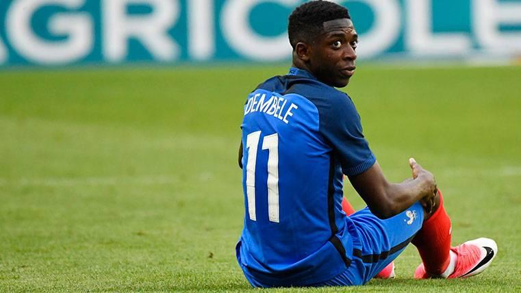 Ousmane Dembélé en un amistoso con la selección francesa