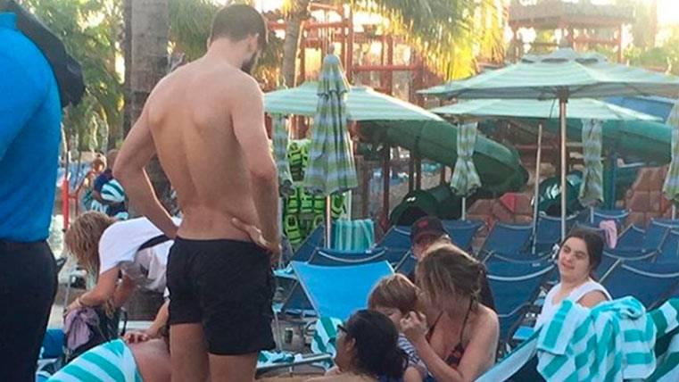 """Piqué, Shakira y familia, de vacaciones en el """"paraíso"""""""