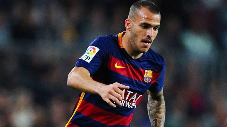 Sandro se aleja del Real Madrid alabando a Villa y Messi