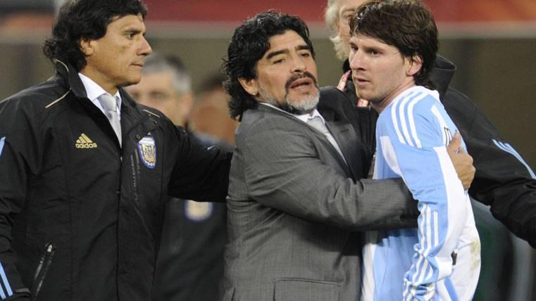 Dardo de Maradona tras la no-invitación de Messi a la boda