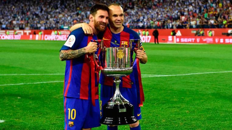 Andrés Iniesta, el único que falta por renovar en el Barça