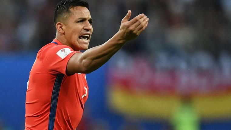 El PSG puede fichar a Alexis para acabar de convencer a Verratti