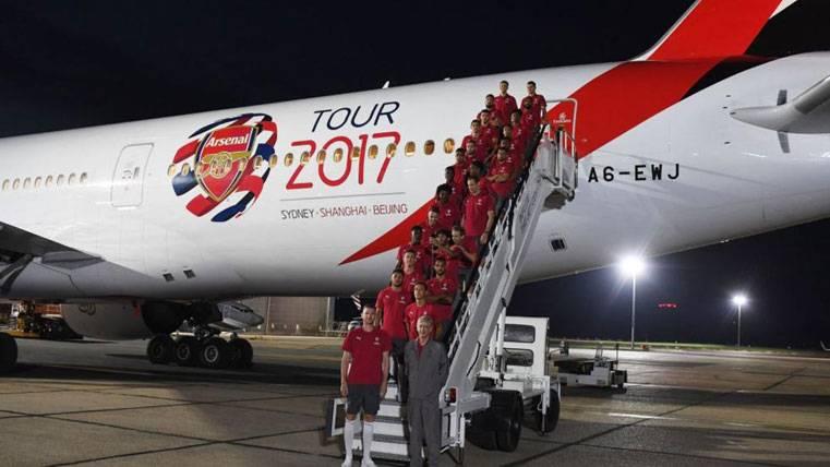 El Arsenal, a Sidney para iniciar la pretemporada sin Bellerín