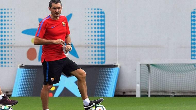 Valverde, el más atento en una doble sesión de entrenamiento