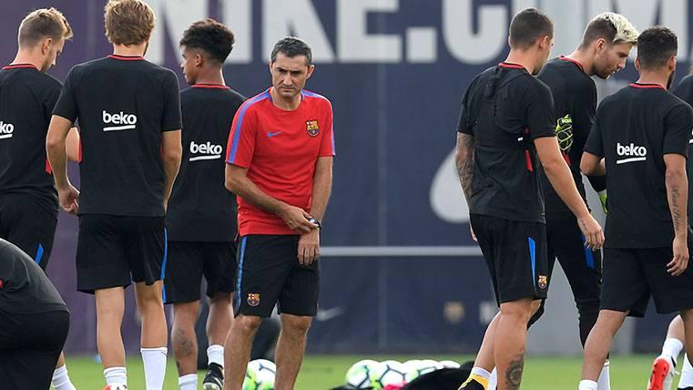 Ernesto Valverde ya tiene todas las posiciones dobladas