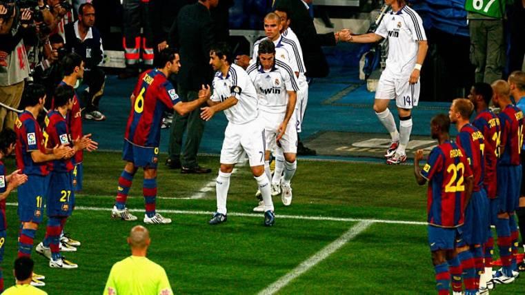 El Barça podría hacerle el pasillo al Real Madrid