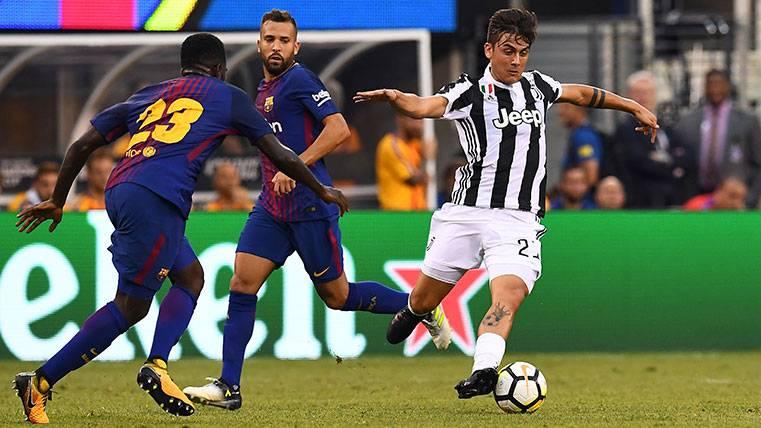 Dybala cumple pero no brilla en su reencuentro con el Barça