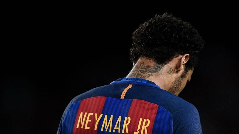 Sigue sin haber acuerdo para que Neymar siga en el Barça