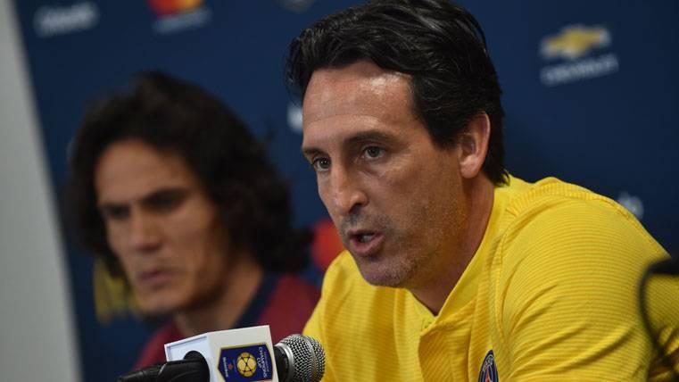 Unai Emery evitó hablar en rueda de prensa sobre Neymar Jr