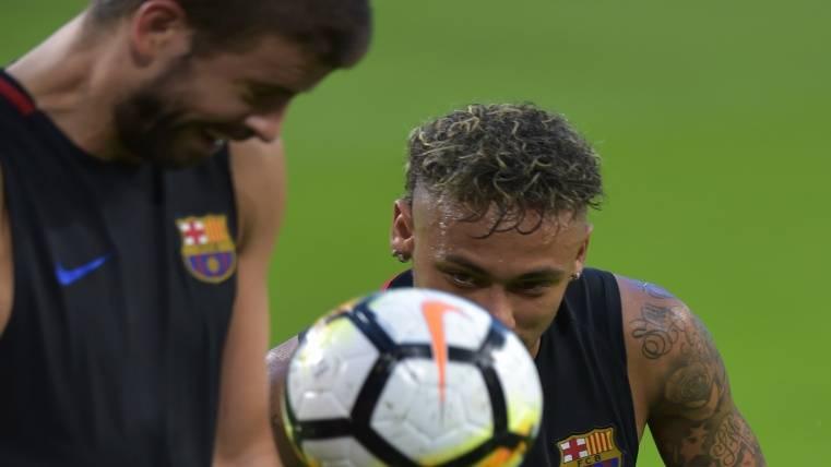 """""""Neymar tiene que decidirse: ¿dinero o títulos?"""""""