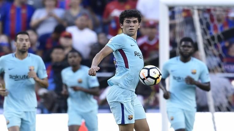 Carles Aleñá en el primer equipo, la afición no duda