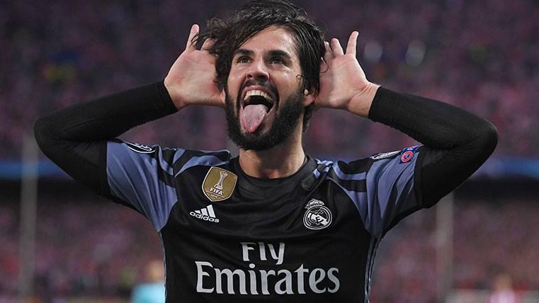 Isco aún no ha renovado y en Madrid ya temen al Barça