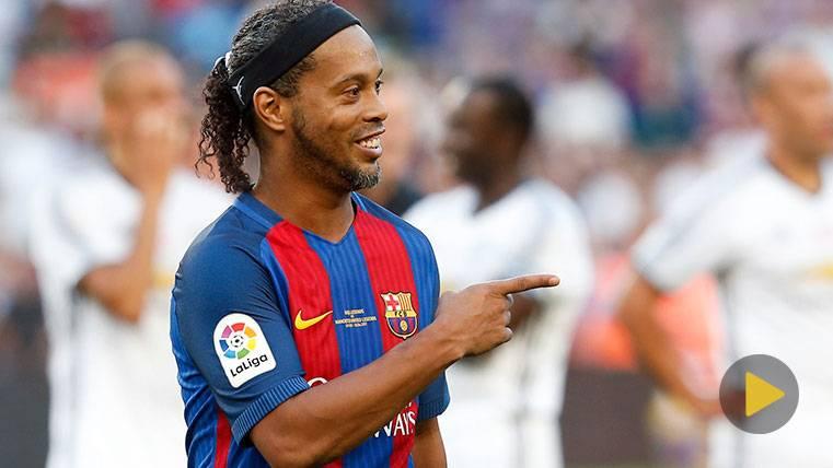 El gran gesto de Ronaldinho con un fan que no le encontró