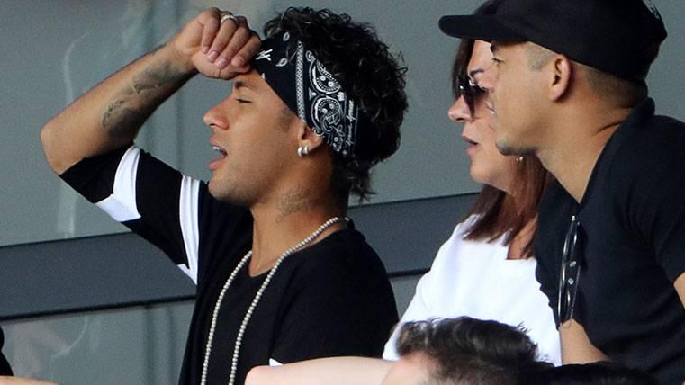 El Barça echa un pulso al PSG: Si no cobra, Neymar no jugará