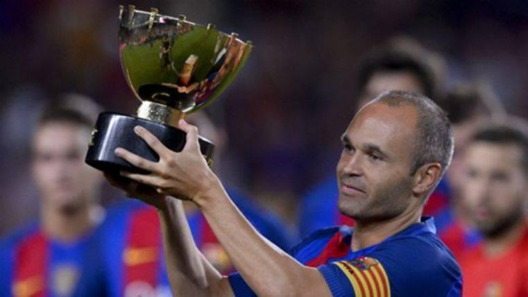 Iniesta no se ha entrenado con permiso de Valverde