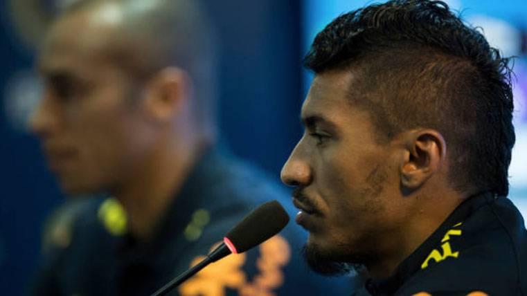 Paulinho, durante una rueda de prensa con la selección de Brasil