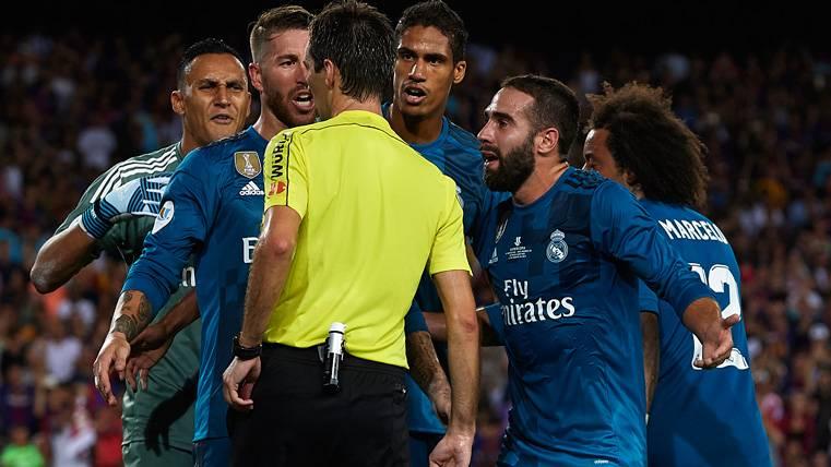 'Marca' desvela el escándalo de Villar y los árbitros