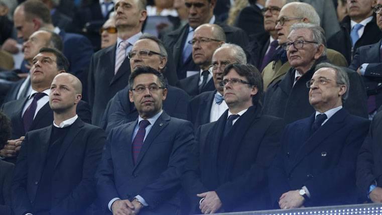 Gabinete de crisis en el Barça tras el 1-3 del último Clásico