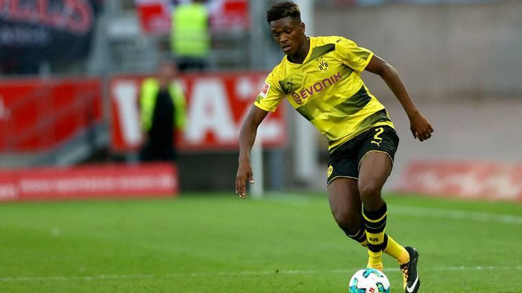 El Dortmund no aceptará menos de 150 millones por Dembélé