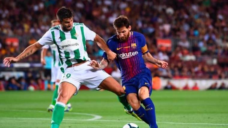 A Messi se le resistió el gol ante el Betis: ¡tres palos!