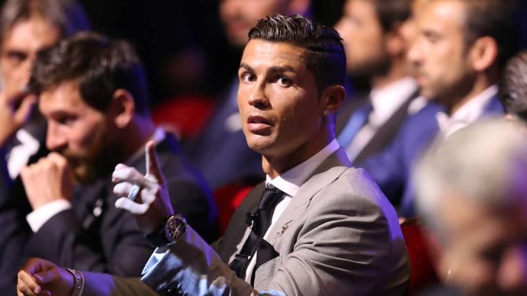 Cristiano nombra a 6 'cracks' herederos suyos y de Messi