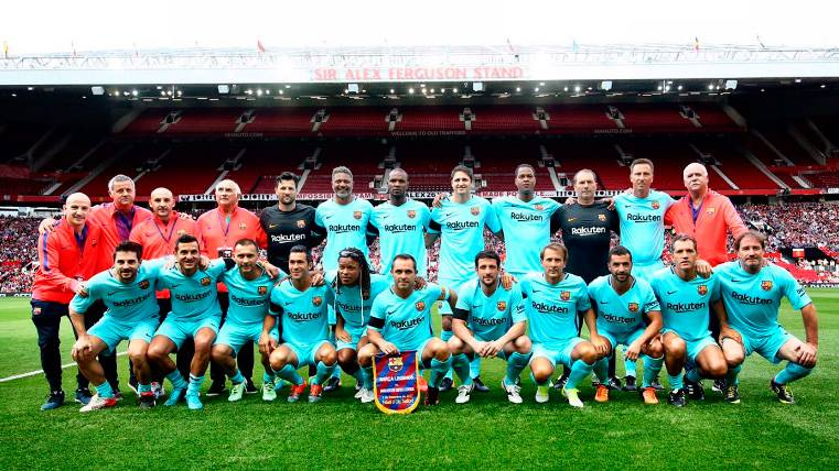 Old Trafford acoge a unos Barça Legends comprometidos