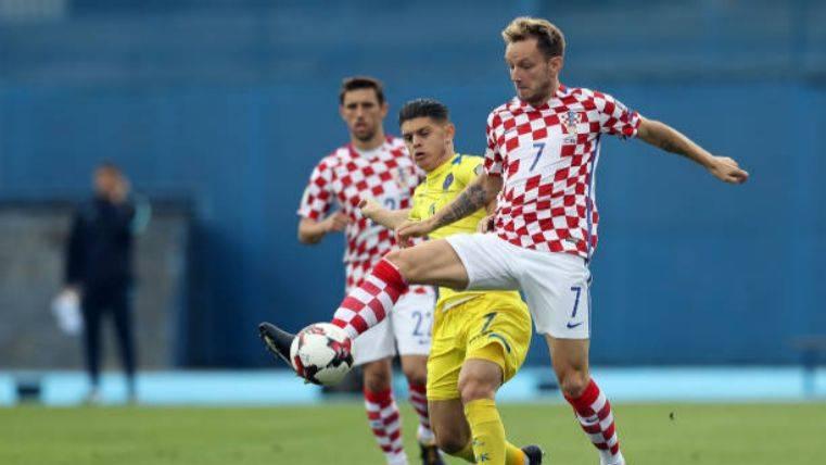 La Croacia de Rakitic se acerca al próximo Mundial