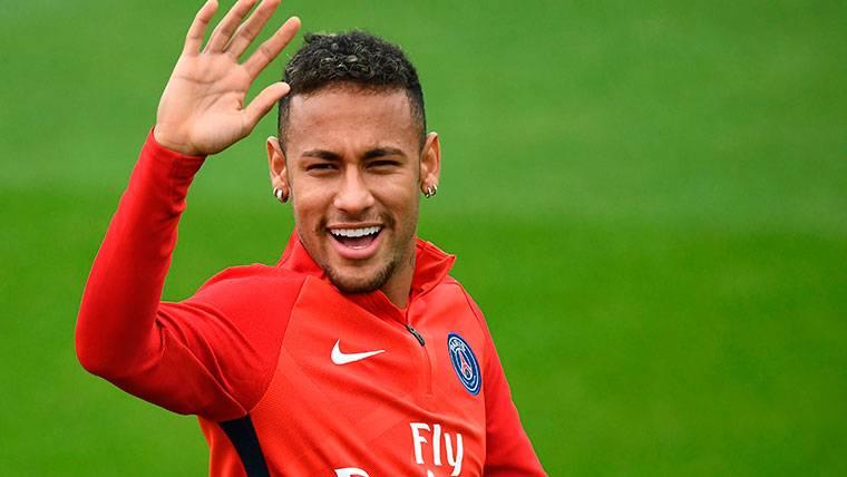 """Tebas: """"Neymar se fue al trampolín y se meó en la piscina"""""""