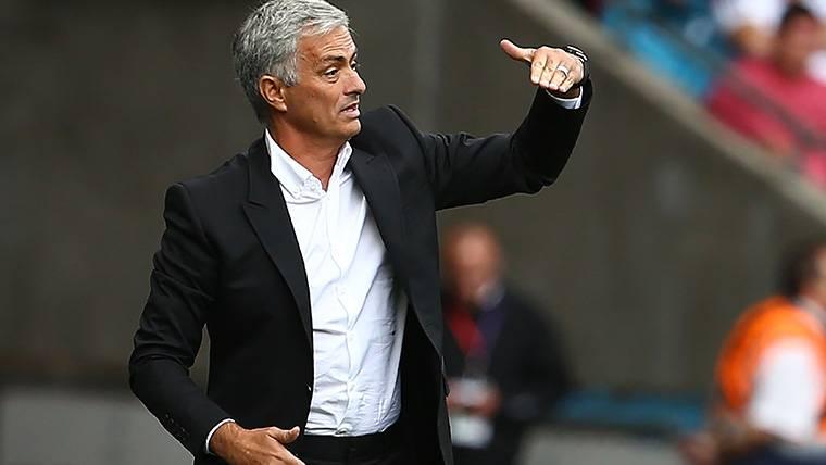 Mourinho 'raja' del millonario fichaje de Neymar por el PSG