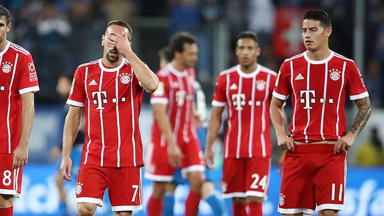 Amargo debut para James y lesión de Bartra en la Bundesliga