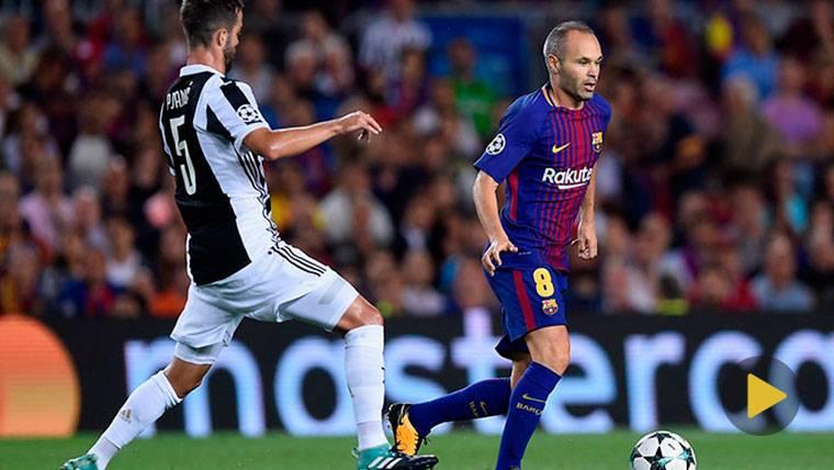 Andrés Iniesta, sacando la varita en el Camp Nou