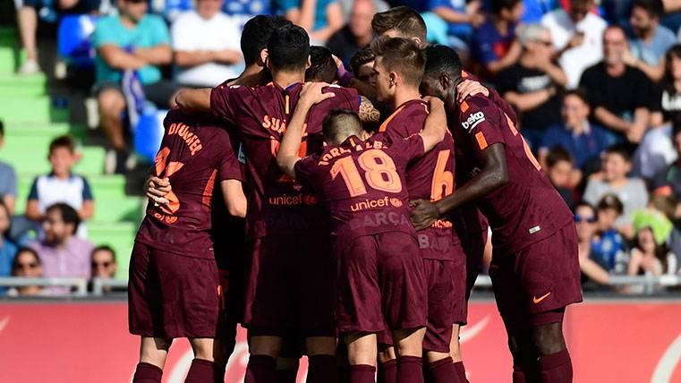 El Barça descansa líder y a siete puntos del Real Madrid