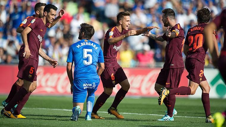 Leo Messi comparte su gran momento con Paulinho