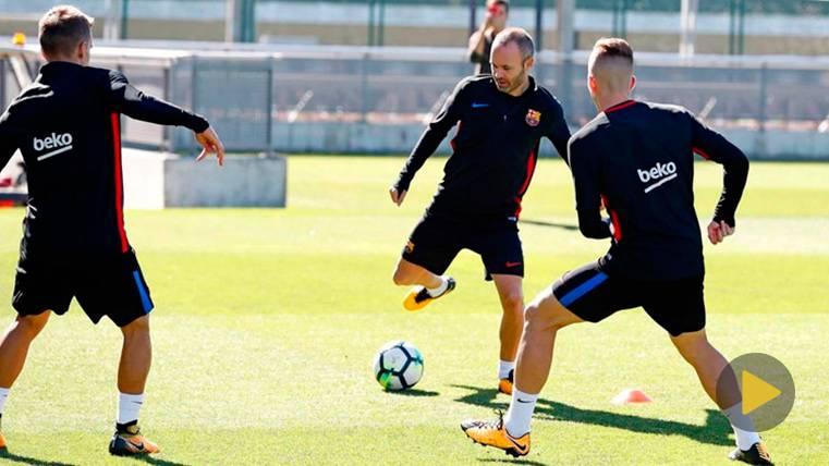 Sesión de recuperación para un Barça que ya mira al Eibar