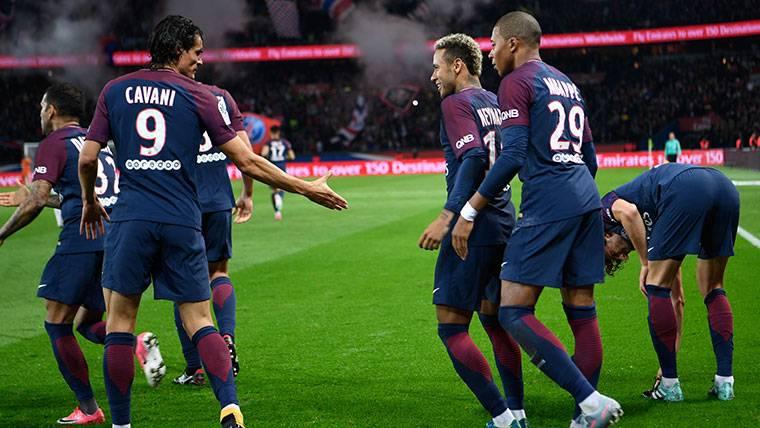 CONFLICTO: Neymar vs Cavani: Lo que el PSG no puede comprar