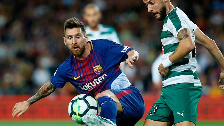 Leo Messi alarga su racha goleadora frente al Eibar